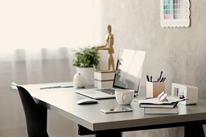 Nutzen Selbständige ein Arbeitszimmer im Eigenheim nur beruflich, gilt es als Betriebsvermögen.