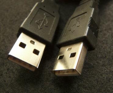 Foto mit zwei USB Steckern