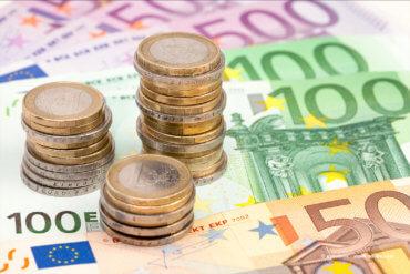 Zinsen, Investitionen, Geld parken, Geld anlegen, Liquidität