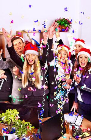 Weihnachtsfeier: So sichern Sie den umfassenden Versicherungsschutz