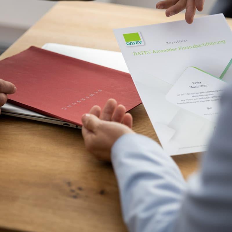 DATEV-Zertifikate sind Qualitätsmerkmal für Bewerberauswahl