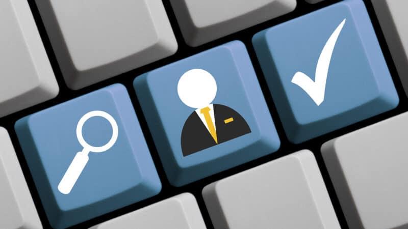 Eine möglichst breite Definition von E-Recruiting wählen